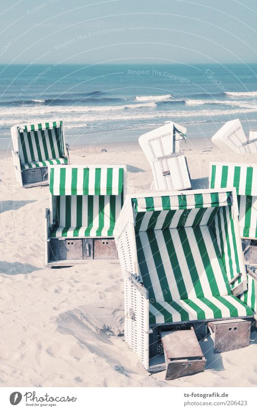 Give me a basket II. Vacation & Travel Tourism Summer Summer vacation Beach Ocean Island Waves Horizon Beautiful weather North Sea Baltic Sea Wangerooge