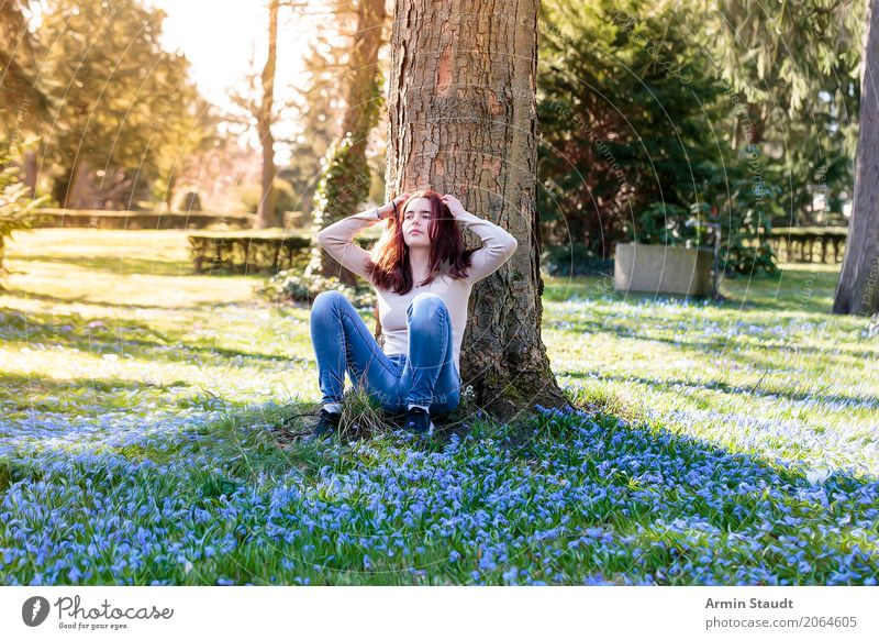 Portrait - Spring Lifestyle Style Joy Happy Beautiful Healthy Harmonious Well-being Contentment Senses Relaxation Calm Meditation Fragrance Human being Feminine