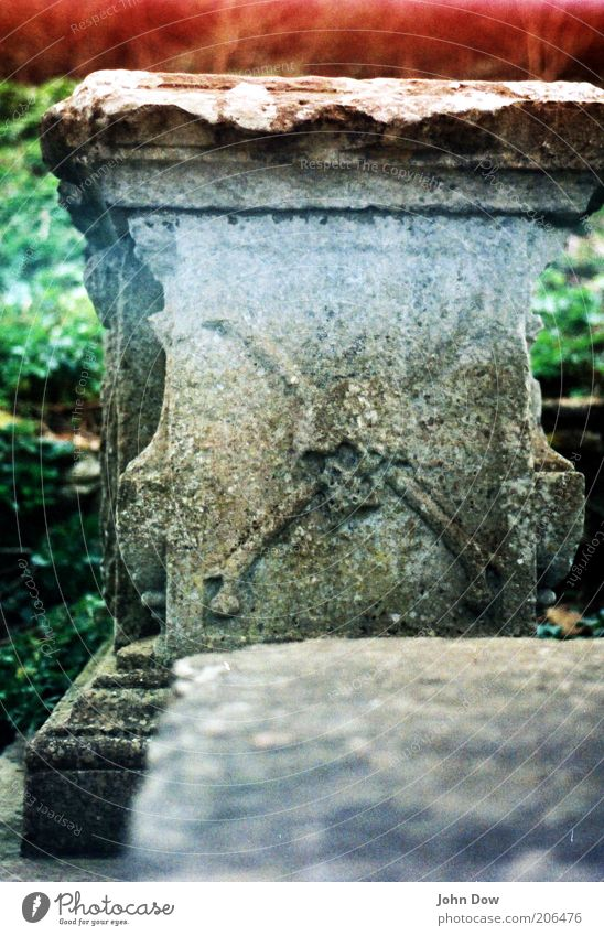 Old Death Transience Mysterious Creepy Symbols and metaphors Analog Past Cemetery Ornament Grave Coffin Death's head Pirate Tombstone Light leak