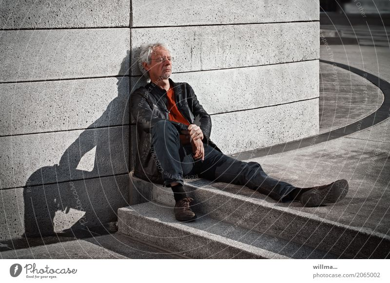 Human being Man Town Relaxation Adults Masculine Sit Eyeglasses Break Curl Restful White-haired Concrete wall