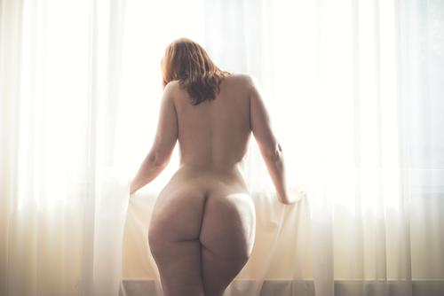 backlight Human being Feminine Woman Adults 1 18 - 30 years Youth (Young adults) Red-haired Long-haired Dream Authentic Fat Eroticism Bright Beautiful Naked