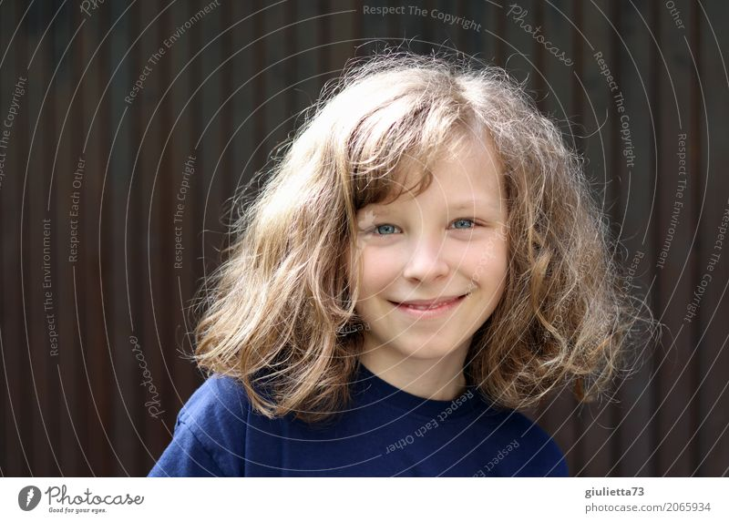 my boy Child Boy (child) Infancy Hair and hairstyles 1 Human being 8 - 13 years T-shirt Blonde Long-haired Curl Smiling Happiness Happy Beautiful Natural