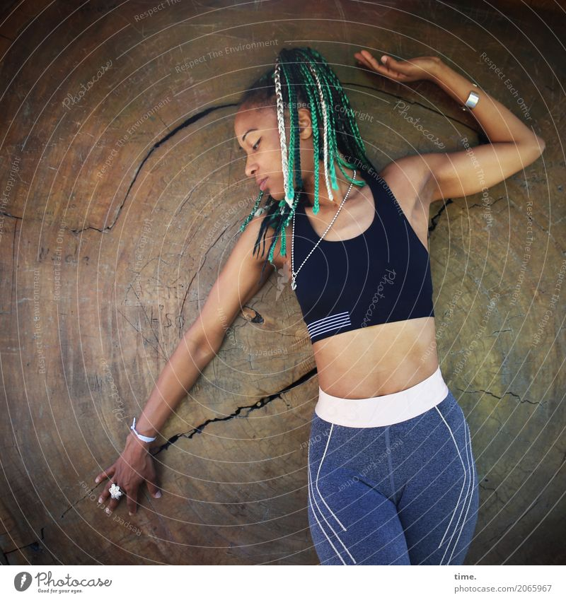 . Fitness Sports Training Feminine Woman Adults 1 Human being Tree Top Leggings Jewellery Hair and hairstyles Long-haired Dreadlocks Afro Wood Stand Esthetic