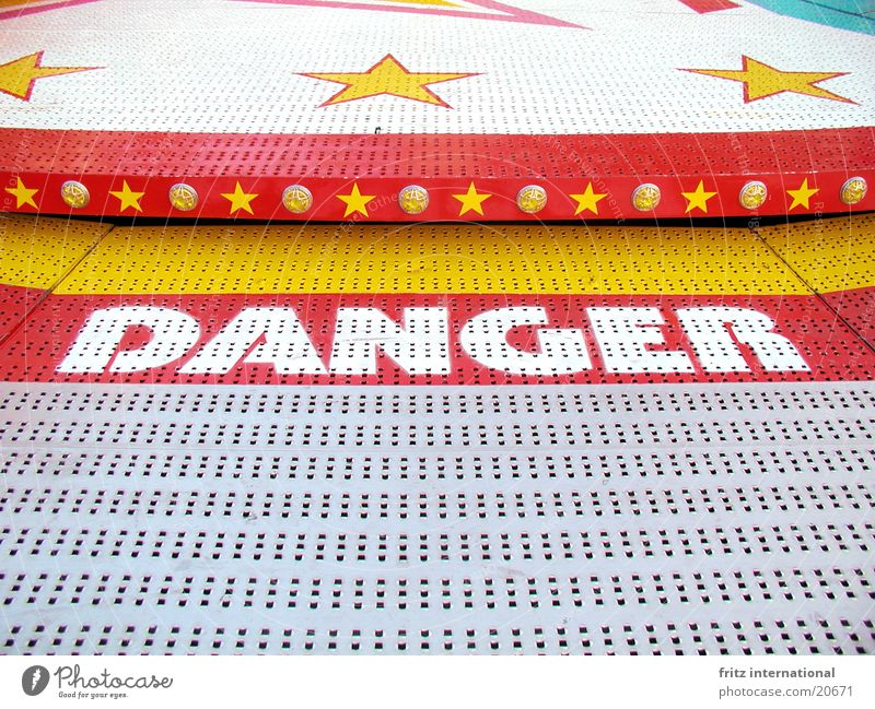 Danger Fairs & Carnivals Dangerous Holy Synod Symmetry Leisure and hobbies Threat danger carousel Münster Star (Symbol)