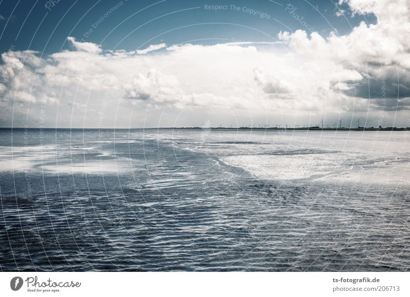Water Sky White Ocean Blue Beach Clouds Far-off places Relaxation Freedom Waves Coast Horizon Earth Energy industry