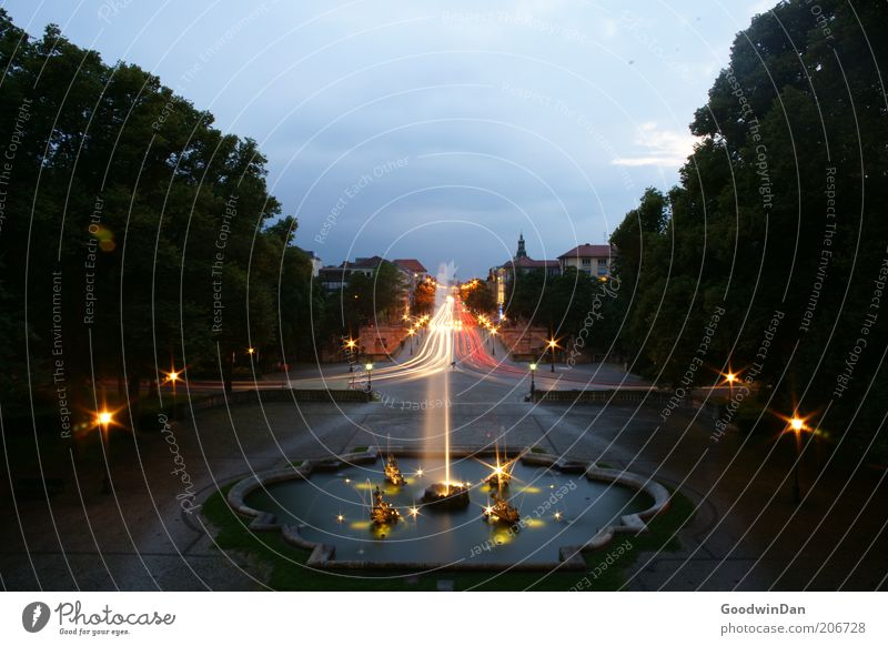 Water City Lighting Transport Well Illuminate Dusk Fountain Tracer path Water fountain Strip of light