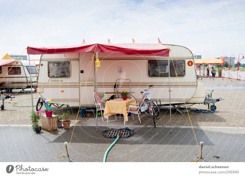 White Blue Red Life Gray Perspective Retro Living or residing Mobility Camping Circus Independence Caravan Vacation & Travel