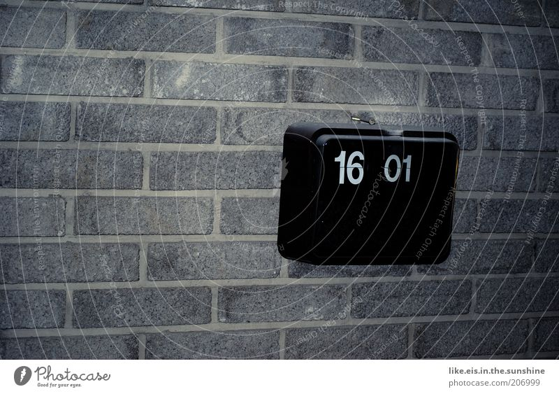 Old Black Wall (building) Wall (barrier) Time Clock Retro Display Digital Completed Afternoon Alarm clock Closing time 16 Copy Space left Digital clock