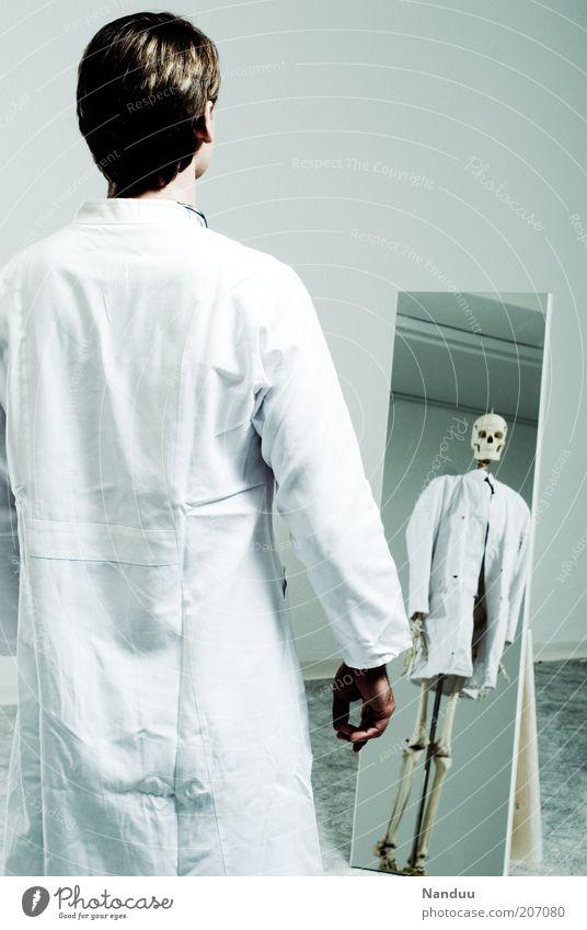 demigod in white Human being Masculine 1 Threat Doctor Health care Fear Death Illness Mirror Mirror image Skeleton Deception Assassin Hospital Death's head