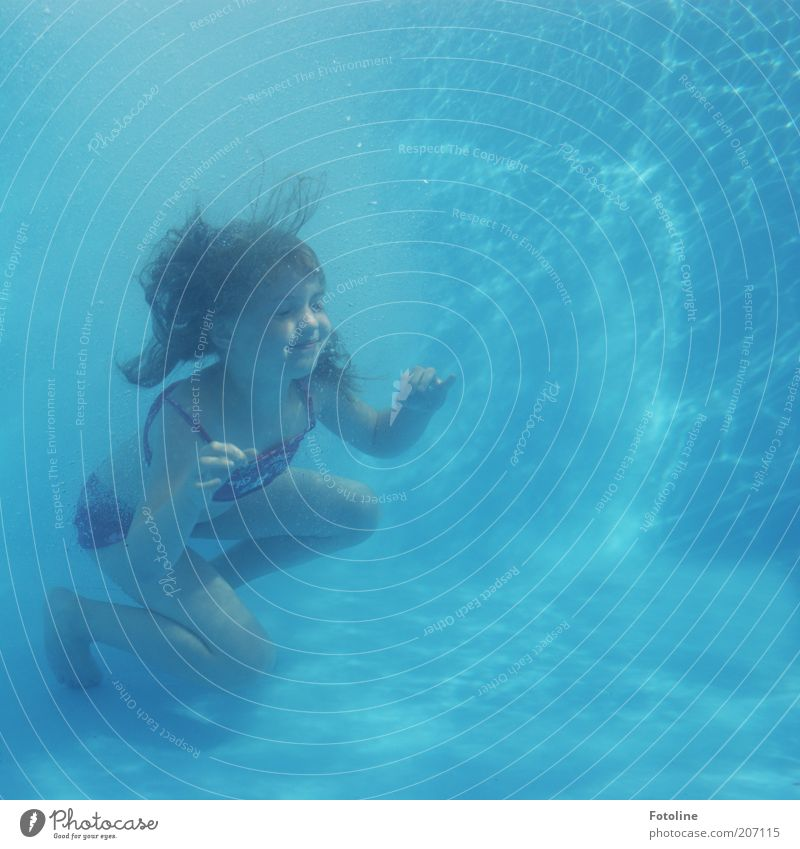 Human being Child Water Blue Girl Summer Infancy Swimming & Bathing Wet Dive 8 - 13 years Long-haired 3 - 8 years Underwater photo Swimsuit Multicoloured