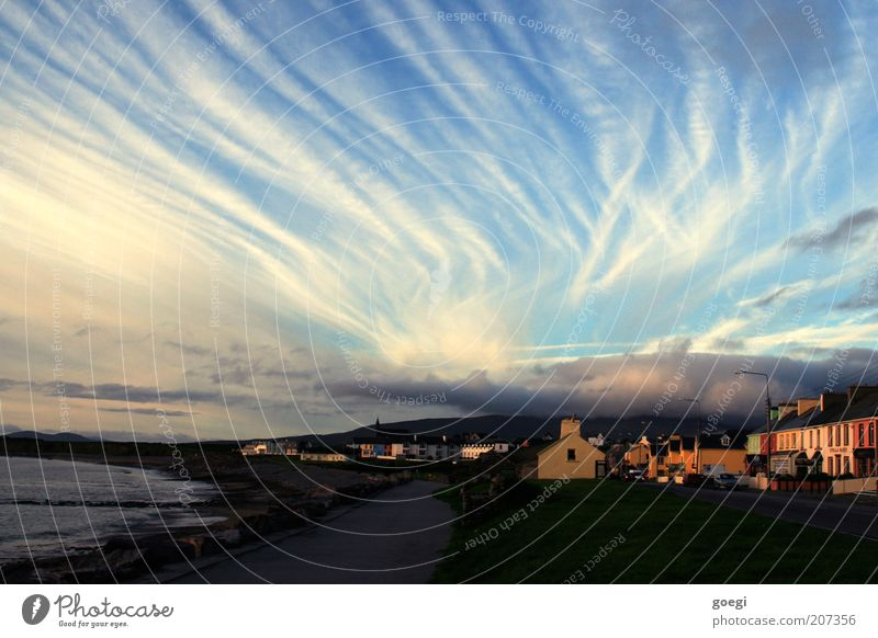 Éire Sky Clouds Autumn Coast Beach Bay Ocean Waterville Ireland Europe Fishing village Small Town House (Residential Structure) Street Vacation & Travel Longing