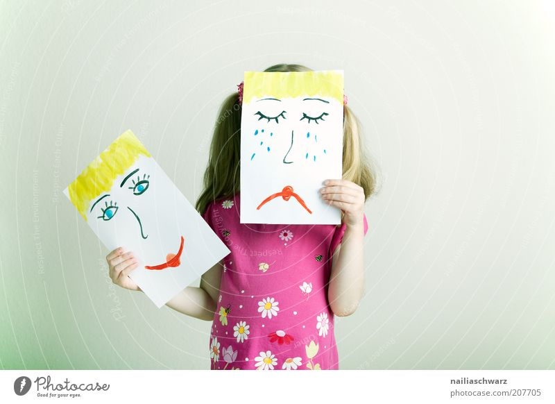 Changing feelings Human being Feminine Girl Head Face 1 3 - 8 years Child Infancy Hair and hairstyles Blonde Sign Smiling Laughter Cry Happiness Multicoloured