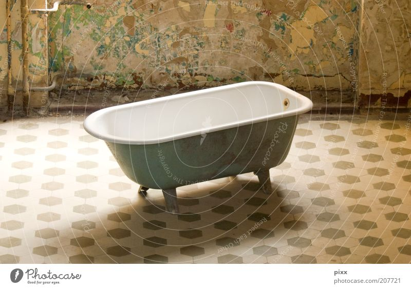 Old Calm Relaxation Style Moody Interior design Exceptional Authentic Living or residing Lifestyle Uniqueness Clean Bathroom Wellness Bathtub Historic