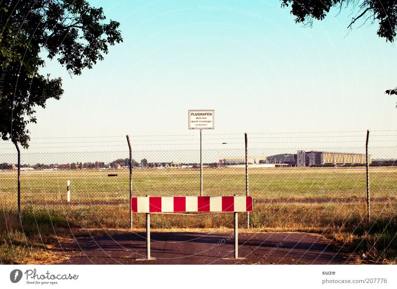 Nature Summer Landscape Environment Street Lanes & trails Signs and labeling Aviation Signage Beautiful weather Simple Logistics Fence Border Services