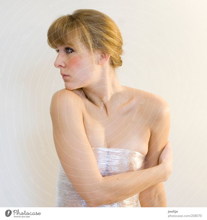 body language I Human being Feminine Young woman Youth (Young adults) Body Skin Face Arm 1 18 - 30 years Adults Blonde Bangs Esthetic Eroticism Beautiful