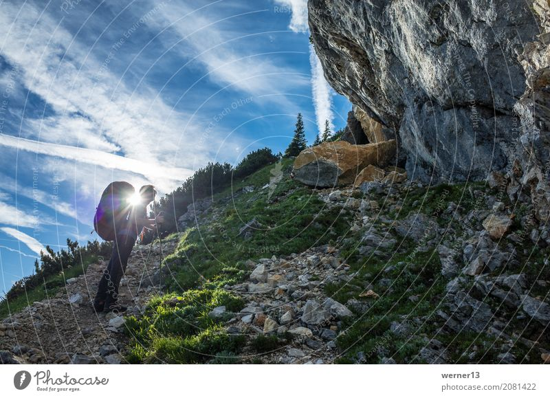 Walking against the light Leisure and hobbies Climbing Mountaineering Human being Masculine 1 18 - 30 years Youth (Young adults) Adults Nature Landscape Alps