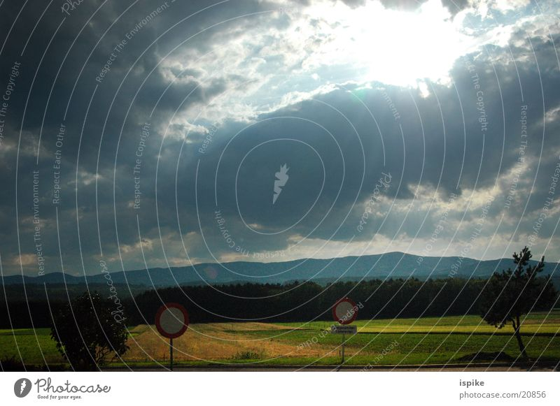Sun Clouds Signs and labeling Transport Thunder and lightning Beam of light