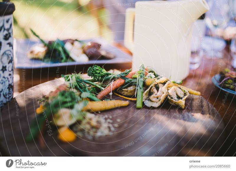 Close-up of healthy dish in restaurant Food Vegetable Lettuce Salad Nutrition Eating Dinner Diet Plate Healthy Eating Restaurant Appetite Dish picnic Broccoli
