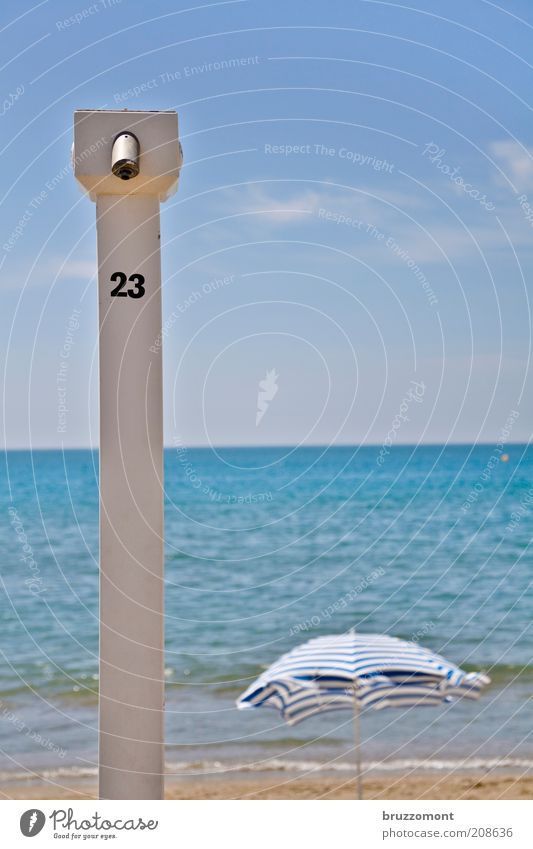 Sky Ocean Blue Summer Beach Vacation & Travel Far-off places Relaxation Tourism Leisure and hobbies Shower (Installation) Sunbathing Beautiful weather