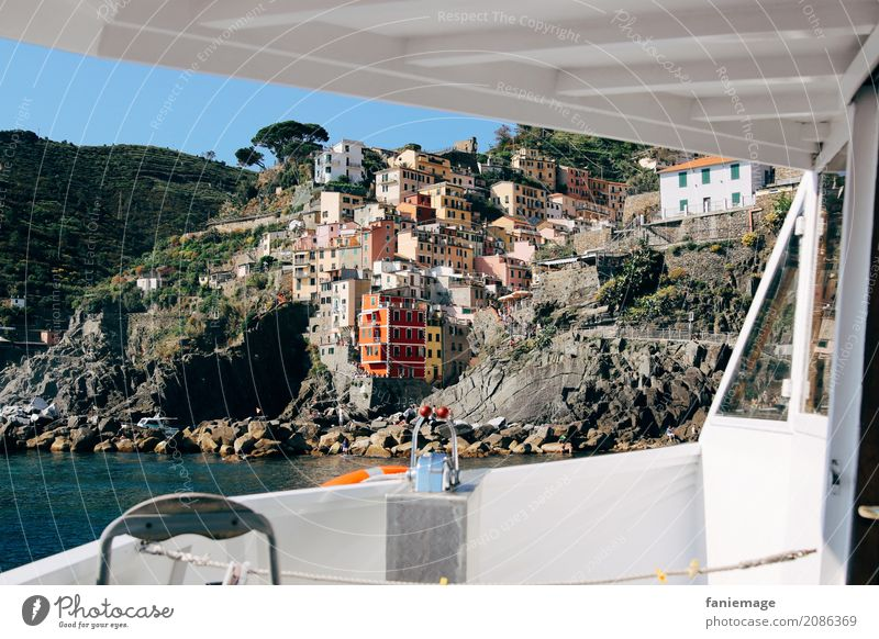 Vacation & Travel Summer House (Residential Structure) Travel photography Architecture Coast Tourism Watercraft Esthetic Picturesque Italy Village Harbour