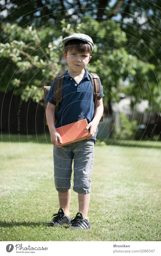 Child Human being Meadow Boy (child) School Power Infancy Study Book Education Brave Cap Student Toddler Brunette Anticipation