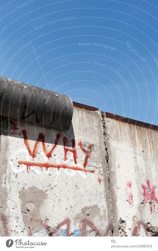 Sky Old Wall (building) Berlin Wall (barrier) Freedom Tourism Characters Beautiful weather Transience Threat Change Hope Past Infinity Tourist Attraction