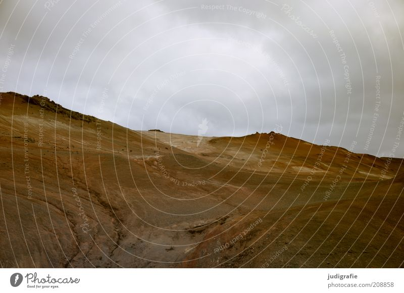 Nature Sky Clouds Dark Mountain Landscape Moody Brown Environment Earth Threat Climate Natural Exceptional Hill Iceland