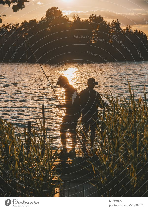 angler hotspot Human being Masculine 2 Environment Nature Beautiful weather Coast Lakeside River bank Island To enjoy Fishing (Angle) Angler Reflection