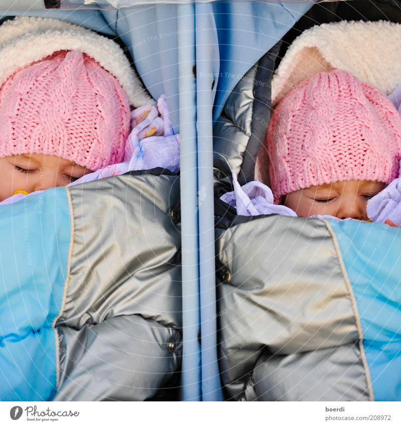 Human being Blue Girl Relaxation Life Dream Moody Infancy Contentment Baby Pink Lie Sleep In pairs Cute Child