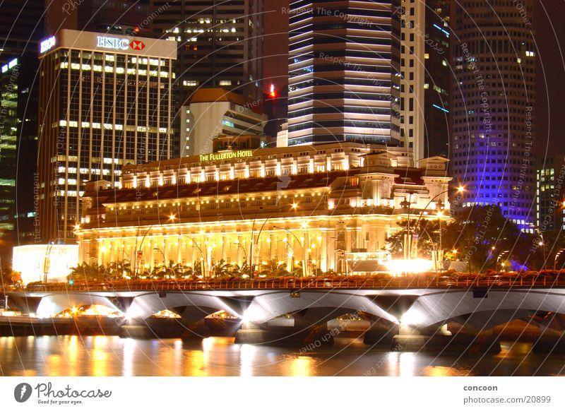 In the glow of the night (Fullerton) Illuminate Night Thailand Singapore Historic GPO Fullerton Hotel old post office Light