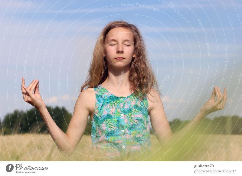 World peace through meditation Girl Life 1 Human being 8 - 13 years Child Infancy 13 - 18 years Youth (Young adults) Cloudless sky Sunlight Summer