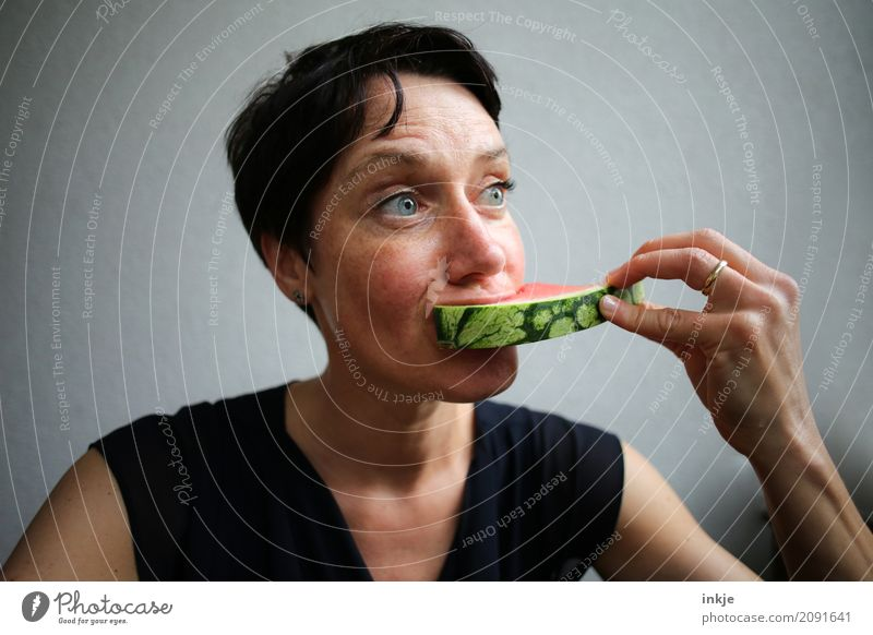 Human being Woman Hand Face Adults Eating Life Emotions Healthy Fruit Nutrition Fresh To enjoy To hold on Organic produce Appetite