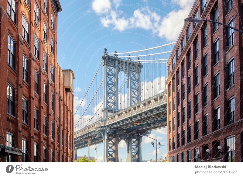 Manhattan Bridge seen from Dumbo. Summer Flat (apartment) Sky House (Residential Structure) Building Architecture Landmark Vacation & Travel New York City