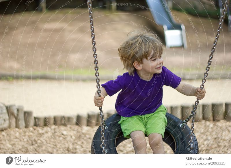 Summer 2017 - swinging Leisure and hobbies Human being Child Toddler Boy (child) 1 - 3 years Playground T-shirt Swing Movement Smiling To swing Playing