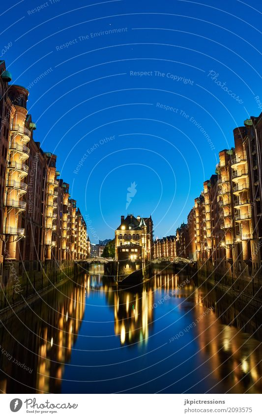 Moated castle Speicherstadt Hamburg at night Night sky Port City Old town Skyline Harbour Tourist Attraction Dark Moody Colour photo Exterior shot Deserted