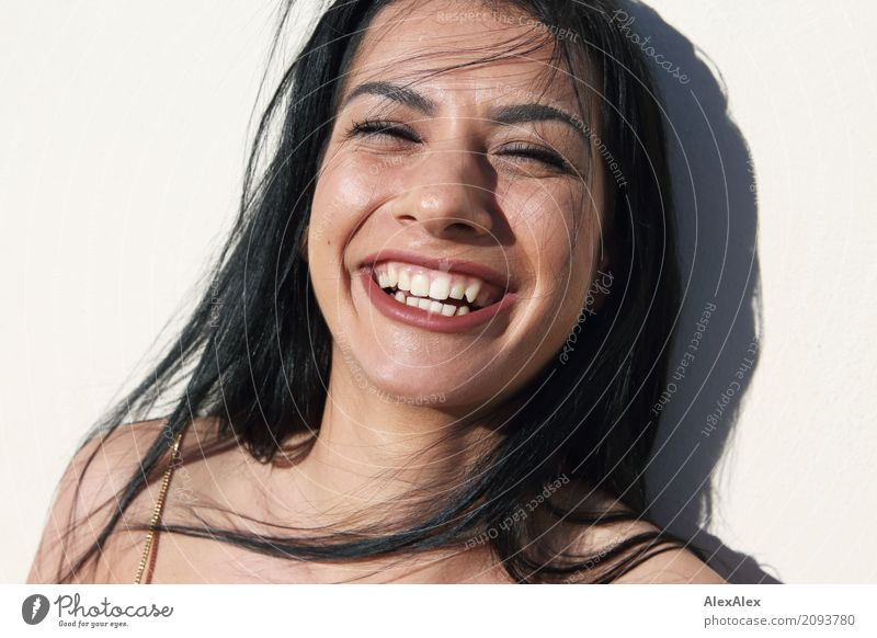 The great joy Lifestyle Joy Beautiful Face Flirt Young woman Youth (Young adults) 18 - 30 years Adults Black-haired Long-haired Smiling Laughter Looking