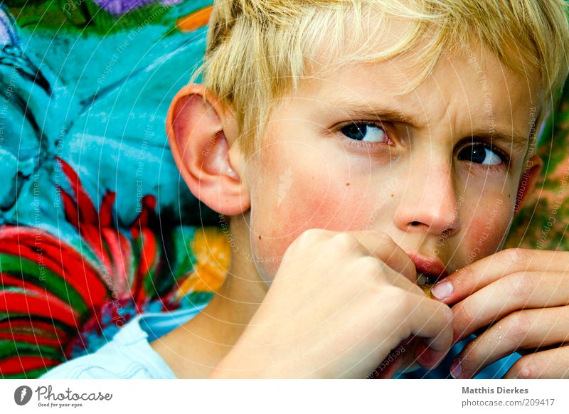 Human being Child Face Boy (child) Skin Blonde Masculine Anger Infancy Meditative Evil Short-haired Obstinate Goofy Annoy 8 - 13 years