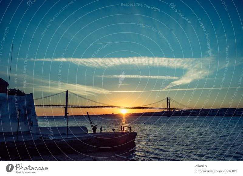 Tagus [2] Fishing (Angle) Vacation & Travel Tourism Far-off places Freedom Sightseeing City trip Water Sky Sun Sunrise Sunset Sunlight Waves River bank Tejo