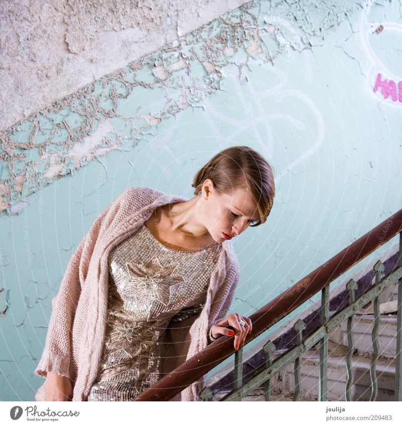 girl on stairs Lifestyle Elegant Style Human being Feminine Young woman Youth (Young adults) Head 1 18 - 30 years Adults Fashion Clothing Blonde Beautiful Model