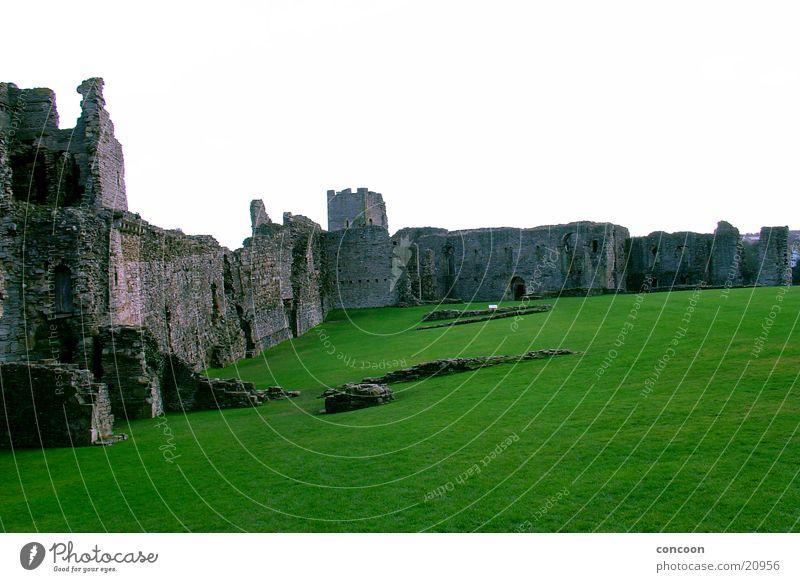Richmond Castle England Great Britain Meadow Green Decline Destruction Architecture Lawn Old
