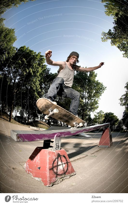 FS - 5-0 Lifestyle Skateboarding Sports Sporting Complex Human being Masculine 18 - 30 years Youth (Young adults) Adults Landscape Cloudless sky Sunlight Park