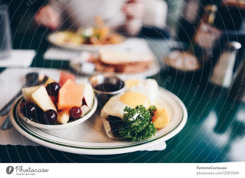 Roadtrip West Coast USA (119) Food Nutrition Eating Breakfast To enjoy Diner Restaurant Sidewalk café California San Francisco Fruit salad