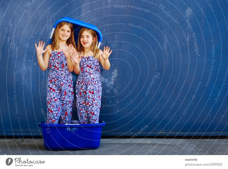 sister of mercy Joy Beautiful Hair and hairstyles Harmonious Girl Sister 2 Human being 3 - 8 years Child Infancy Fashion Dress Hat Blonde Long-haired Stand Blue