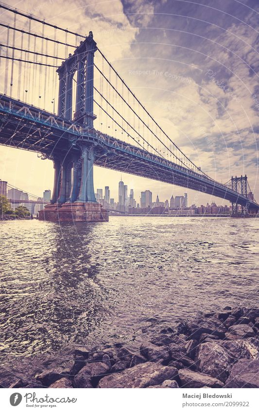 Vintage stylized picture of the Manhattan Bridge, New York City. Vacation & Travel Tourism Sightseeing City trip Brooklyn Skyline Architecture Violet Town USA