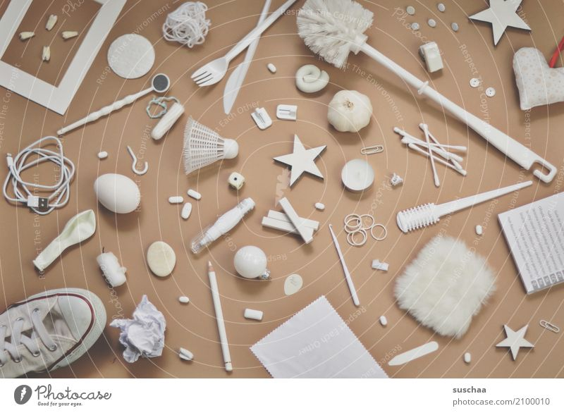 another one: I see something ... Super Still Life Odds and ends Things Accumulation motley Accumulate Many Household White Inspiration Creativity