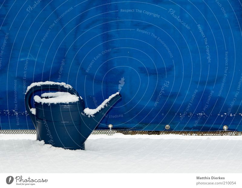 Nature Old Blue Winter Snow Frost Kitsch Frozen Balcony Whimsical Cast Climate change Watering can Defective Use