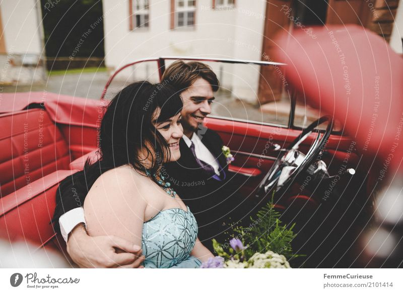 Love is in the air (75) Masculine Feminine Woman Adults Man 2 Human being 18 - 30 years Youth (Young adults) 30 - 45 years Happy Vintage car Red Wedding