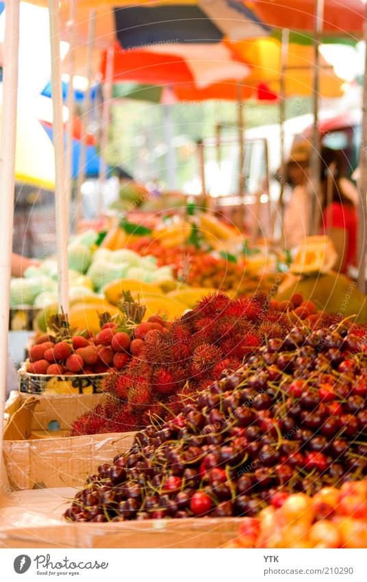 Chinese Fruit Market II Plant Agricultural crop Exotic Fragrance Red Colour Cherry Thorny Umbrellas & Shades Blur Stalls and stands Fruity Fresh Markets
