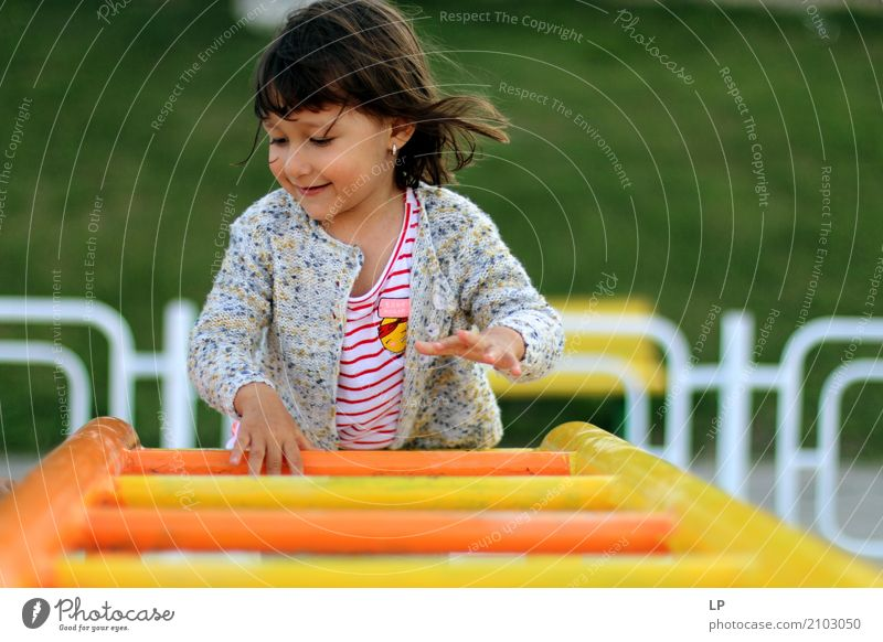 Playful child Human being Child Joy Adults Life Emotions Sports Laughter Family & Relations Playing Freedom School Leisure and hobbies Infancy Happiness