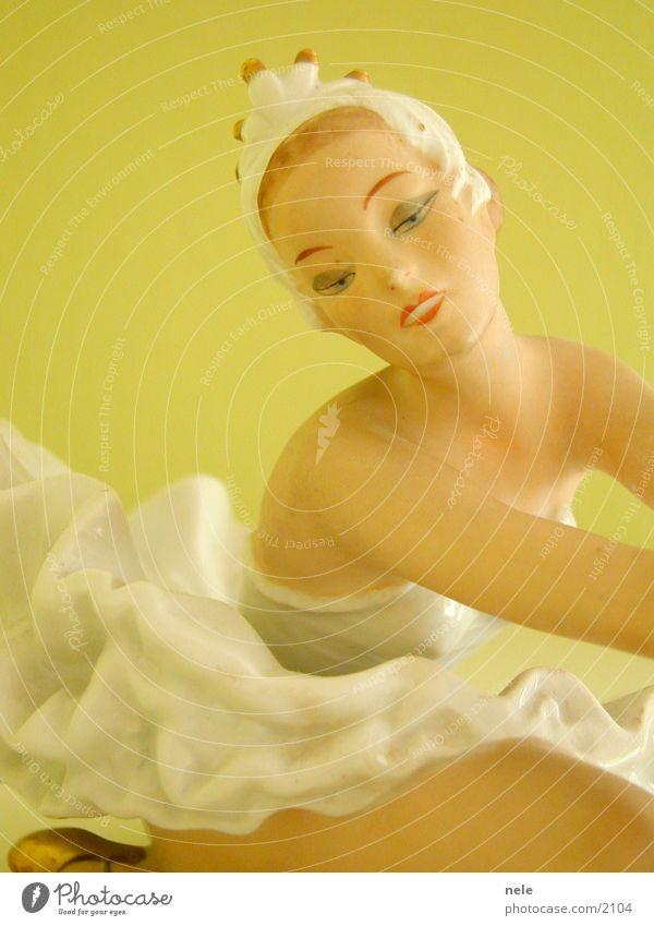 Woman Face Dance Posture Lips Kitsch Decoration Delicate Crockery Doll Ballet Dancer Fragile Pastel tone